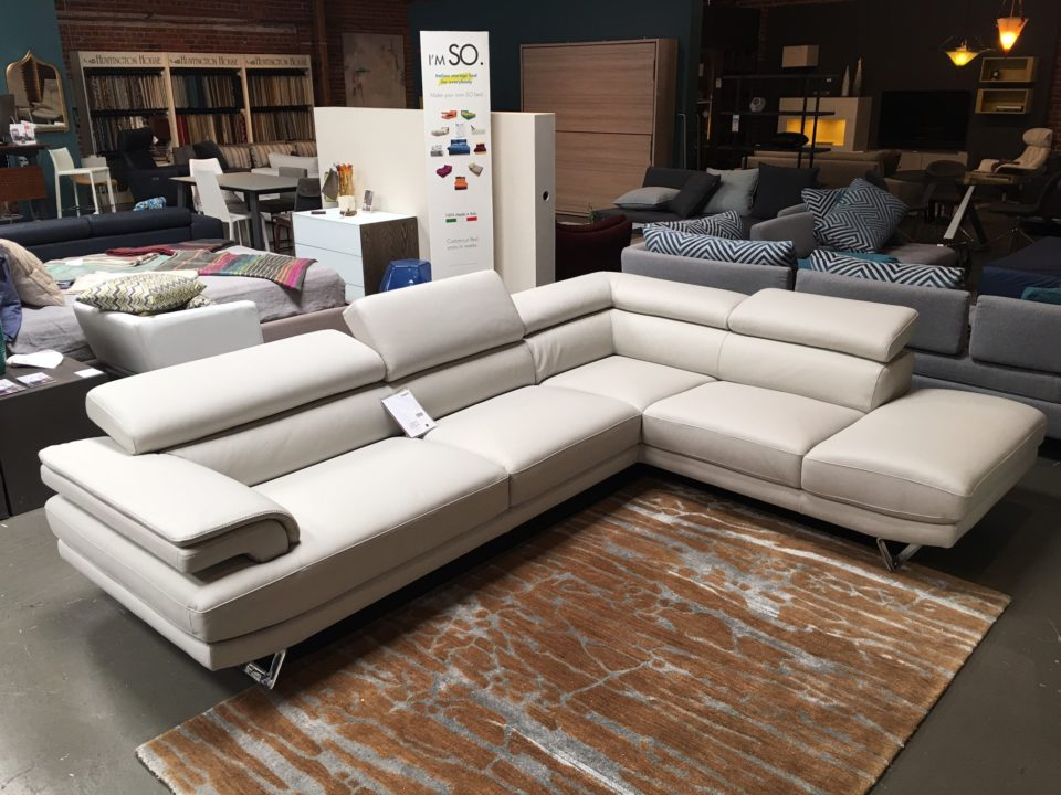 Astor-Sectional-Sofa-Nicoline